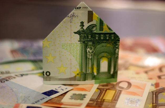 Large building home construction money paper cash 680069 pxhere.com